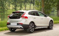 Volvo V40 Cross Country фото